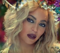 Coldplay – Hymn For The Weekend ft. Beyonce