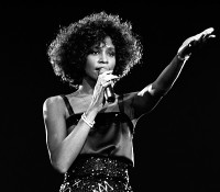 Whitney Houston Documentary  ΑΝΑΜΕΝΟΥΜΕ ΑΠΟ ΤΟ ΣΚΗΝΟΘΕΤΗ Nick Broomfield