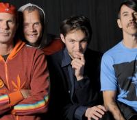 Red Hot Chili Peppers και Dark Necessities νέο κομμάτι άρτι αφιχθέν. Ακουσέ το