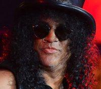 Ο Slash παραλίγο να γίνει μέλος των Stone Roses αλλά απορρίφθηκε για …παράξενο λόγο