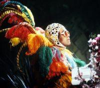 Η αυτοβιογραφία του Elton John γραμμένη από τον Άλεξ Πετρίδη, θα κυκλοφορήσει το 2019