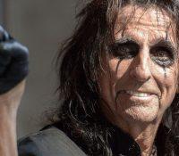 Alice Cooper επιστρέφει με το νέο Single »Paranoiac Personality»