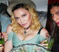Madonna των 59 ετών πλέων, το γιόρτασε με ένα εξωφενικό πάρτι