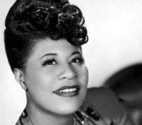 Η φωνή της Ella Fitzgerald πάνω σε νέες ενορχηστρώσεις.