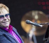 Ο Elton John βγαίνει σε σύνταξη!