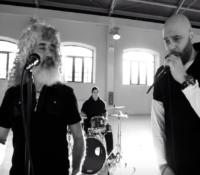 Stavento με Γιάννη Γιοκαρίνη «Το Σπουργίτι» νέο τραγούδι νέο videoClip