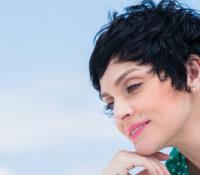 Ελεωνόρα Ζουγανέλη «Πού Με Φτάσανε Οι Έρωτες» νέο άλμπουμ με «Αγάπη Δεμένη»