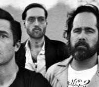 The Killers «Land Of The Free» νέα κομμάτι με το «αμερικανικό όνειρο» κρεμασμένο στα κάγκελα