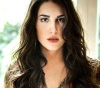 Παυλίνας Βουλγαράκη «Καμία Ψυχή» Το νέο της τραγούδι σαν προσευχή.