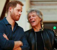 Jon Bon Jovi και o πρίγκιπας Harry ηχογράφησαν τραγούδι με φιλανθρωπικό σκοπό.