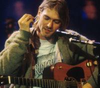 Kurt Cobain, Η Κιθάρα του, MTV Unplugged βγαίνει σε δημοπρασία.