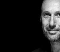 Ρένος Χαραλαμπίδης «Θυμήσου Τον Σεπτέμβρη» νέο single.