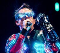 Muse η περιοδεία «Simulation Theory Tour» έγινε ταινία και έρχεται.