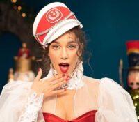"""Κατερίνα Στικούδη """"Τα Χριστούγεννά Μου Εσύ"""" το soundtrack των Χριστουγέννων."""