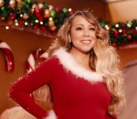 "Mariah Carey με την Ariana Grande με ""Μαγικά Χριστούγεννα"" έρχονται στις 4 Δεκεμβρίου."